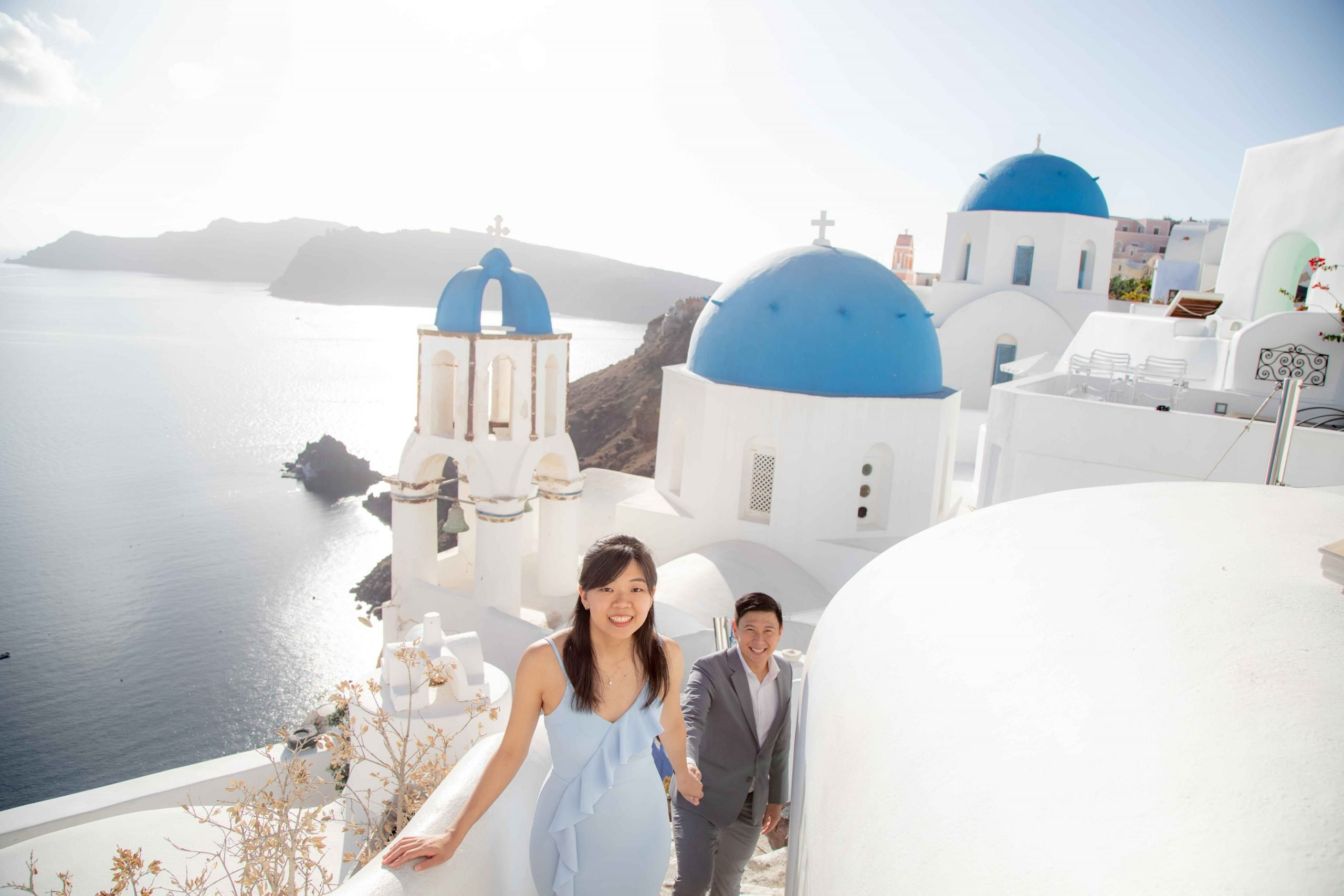 Sweethearts in Santorini 1