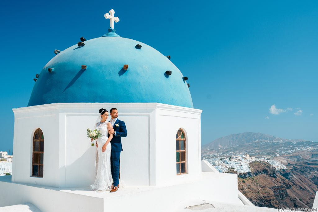 "9 places that scream ""I love You"" in Santorini 6"